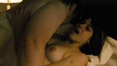 Maggie Gyllenhaal nude topless and sex Kayla Foster and Olivia Luccardi nude too - The Deuce (2017) s1e5 HD 1080p (5)