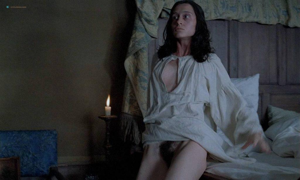 Anne Brochet nude full frontal and Carole Richert nude bush - Tous Les Matins Du Monde (FR-1991) HD 720p BluRay (2)