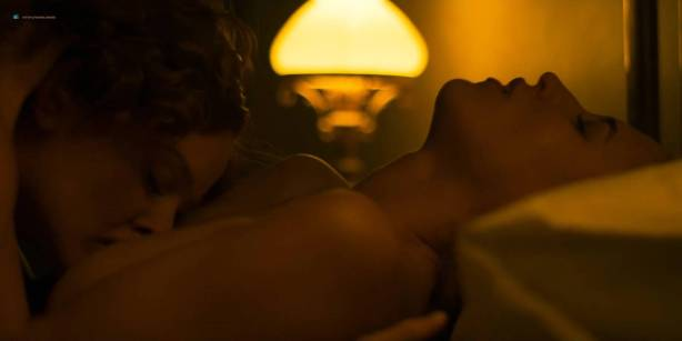 Blanca Suárez nude sex in the bath Ana Polvorosa and Ana Fernández lesbian and threesome - Cable Girls (ES-2017) S1 HD 1080p (13)