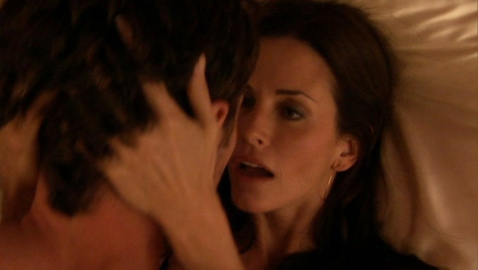 Courtney Cox hot sex and sexy - Dirt (2007) S1 (4)