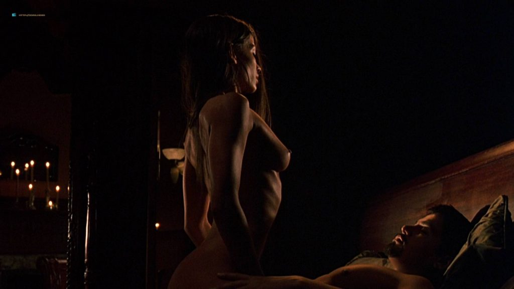 Jaclyn DeSantis nude sex Julie McNiven and Misha Sedgwick nude topless - Carlito's Way: Rise to Power (2005) HD 1080p (13)