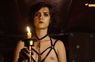 Liv Lisa Fries nude topless Severija Janusauskaite nude topless and butt – Babylon Berlin (DE-2017) S01 HDTV 1080p