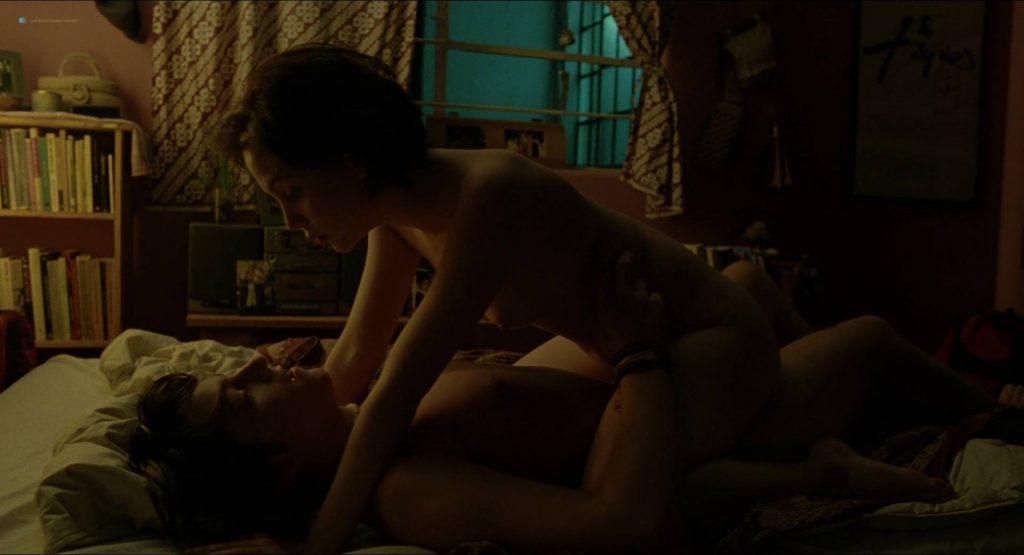 Maribel Verdú nude sex Ana López Mercado and María Aura nude and sex too - Y tu mamá también (MX-2001) HD 1080p BluRay (17)