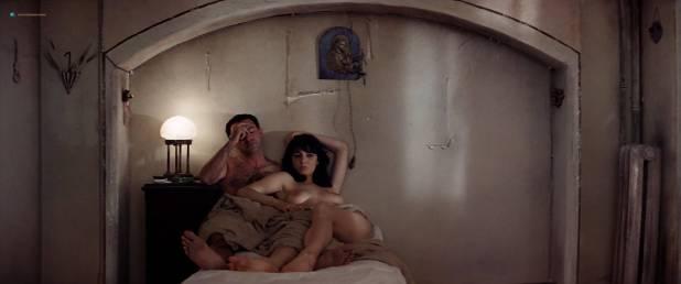 Paula Prentiss nude full frontal Olimpia Carlisi nude topless - Catch-22 (1970) HD 1080p WEB (4)