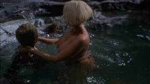 San San nude butt sex in the shower Marilyn Manhoe nude sex in the tube - Shottas (2002) HD 1080p Web (5)