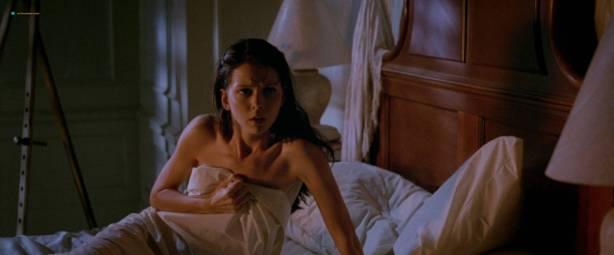 Yoko Shimada nude and sex Julie Condra hot - Crying Freeman (1995) HD 1080p BluRay (11)