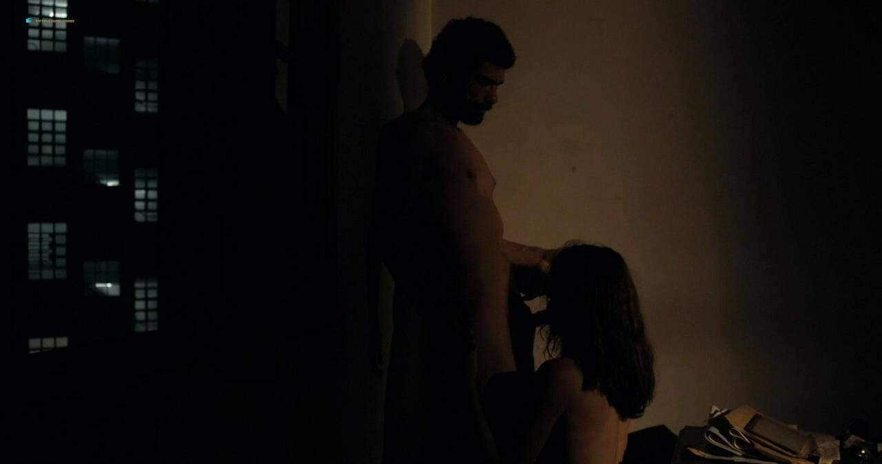 Clara Choveaux nude full frontal explicit bj - Elon Nao Acredita na Morte (BR-2016) HD 720p WEB (7)