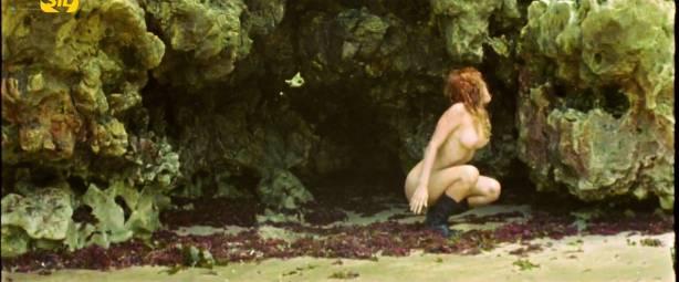Elisa Heidrich nude full frontal - Animal Politico (BR-2017) HDTV 720p (7)