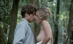Greta Scacchi nude and Désirée Nosbusch nude topless - Good Morning, Babylon (IT-1987) (7)
