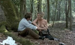 Greta Scacchi nude and Désirée Nosbusch nude topless - Good Morning, Babylon (IT-1987)