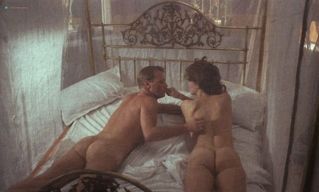 Greta Scacchi nude butt and boobs - Heat and Dust (UK-1983) HD 720/1080p BluRay (8)