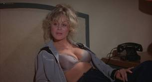 Jennifer Dale nude topless and Belinda Montgomery hot - Stone Cold Dead (1979) HD 720p BluRay (5)
