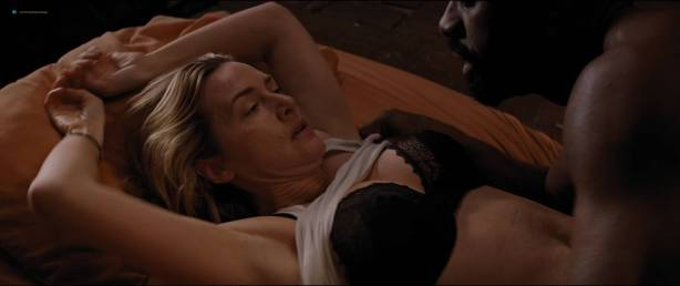 Kate Winslet hot and some sex - The Mountain Between Us (2017) HD 1080p BluRay (9)