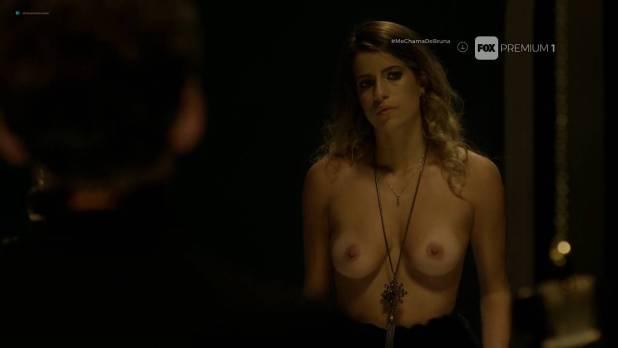 Maria Bopp nude topless and lot of sex Miriam Lanzoni nude too - Me Chama De Bruna (BR-2017) s2e1-2 HDTV 720p (3)