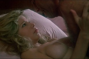 Pia Zadora nude and lot of sex Carla Romanelli topless – The Lonely Lady (1983) HD 1080p BluRay