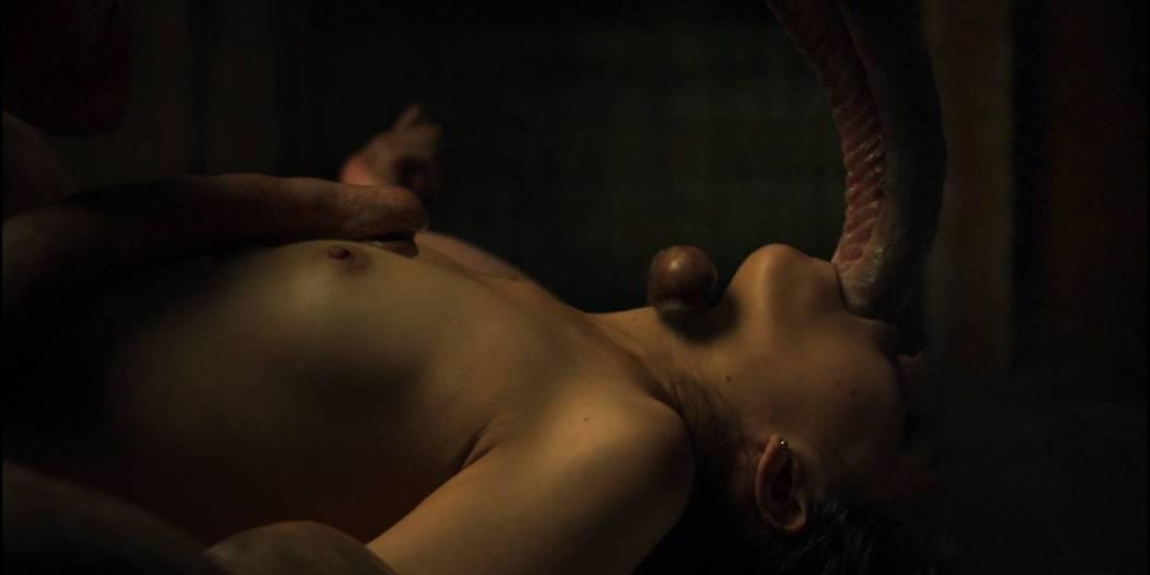 Simone Bucio nude bush and Ruth Ramos nude bush and sex - The Untamed (MX-2016) HD 1080p BluRay (8)
