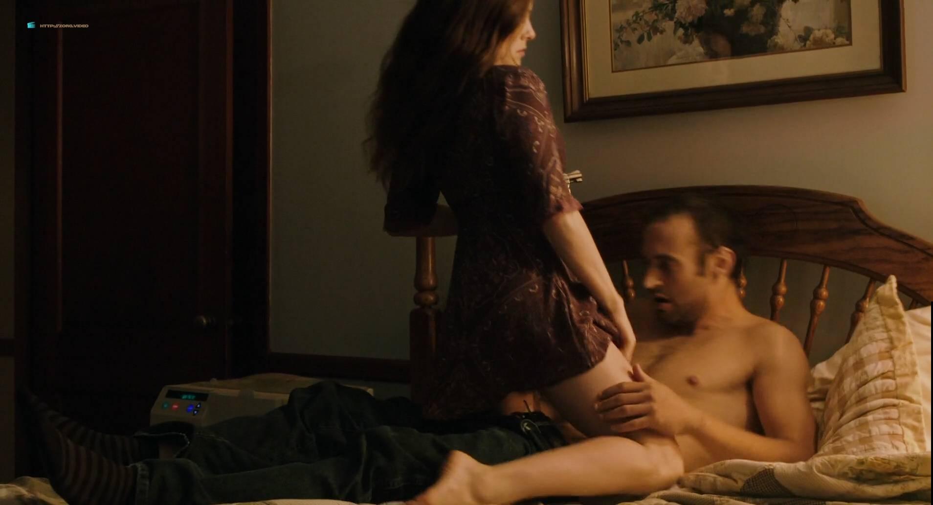 Scene Caroline dhavernas nude