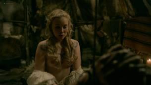 Dagny Backer Johnsen nude topless and sex - Vikings s05e07 (2018) HD 1080p Web (4)
