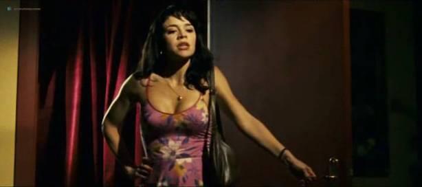 Daniela Faria nude topless and sex Flora Martínez hot and sexy - Arte de Roubar (PT-2008) (9)