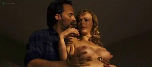 Daniela Faria nude topless and sex Flora Martínez hot and sexy - Arte de Roubar (PT-2008) (3)