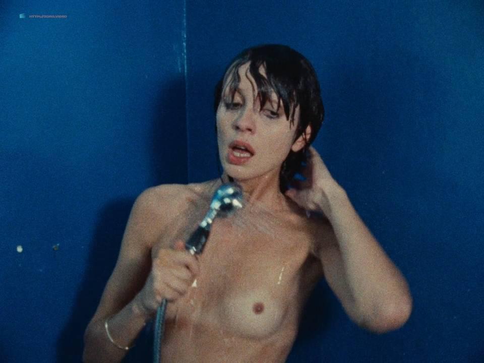 Julie Ritter  nackt