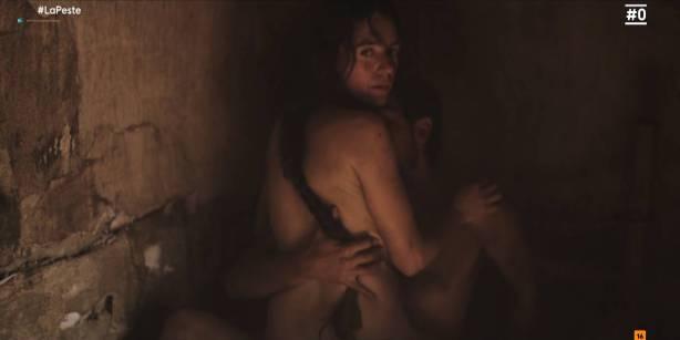 Patricia López nude full frontal Cecilia Gómez, Lupe del Junco and others nude bush, topless - La peste (ES-2018) s1 HDTV 1080p (16)