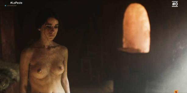 Patricia López nude full frontal Cecilia Gómez, Lupe del Junco and others nude bush, topless - La peste (ES-2018) s1 HDTV 1080p (8)