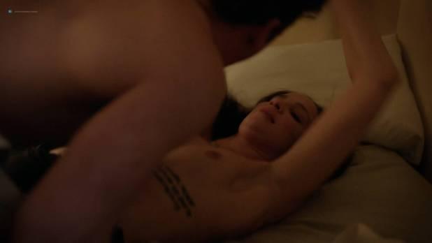 Sammi Hanratty hot pokies Ruby Modine nude brief topless and sex - Shameless (2018) s8e11 HD 1080p (5)