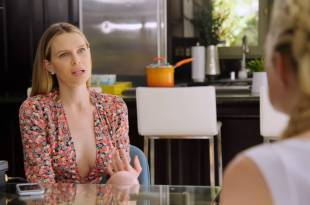 Sara Foster hot and sexy with Erin Foster, Kate Upton – Barely Famous (2017) s2e5-6 HD 720p