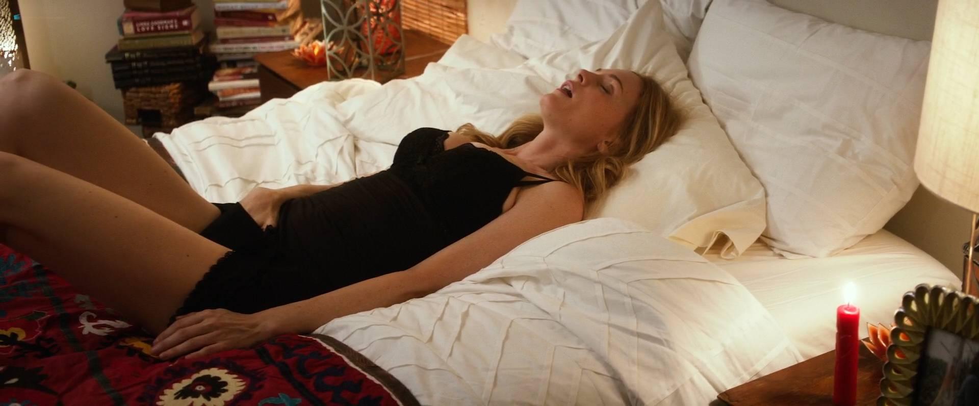 Angela Kinsey Nude heather graham nude sex angela kinsey nude butt stephanie