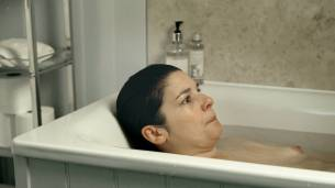 Jasmine Hyde nude topless in the bath - The Unseen (UK-2017) HD 1080p Web (8)