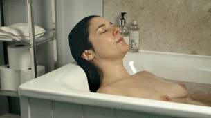 Jasmine Hyde nude topless in the bath - The Unseen (UK-2017) HD 1080p Web (7)