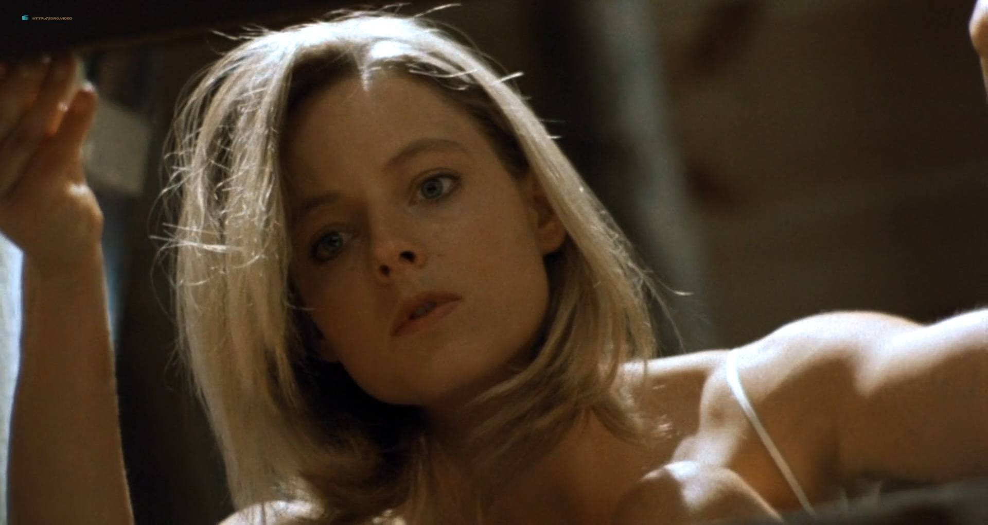 Jodie Foster nude topless in the shower - Backtrack (1991) HD 1080p Web (