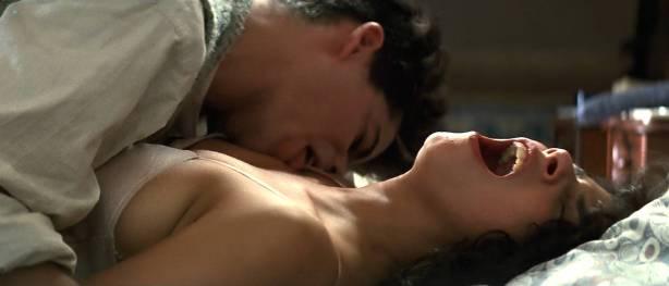 Maribel Verdú hot sex Ariadna Gil brief topless Penélope Cruz hot - Belle époque (ES-1992) HD 1080p (7)
