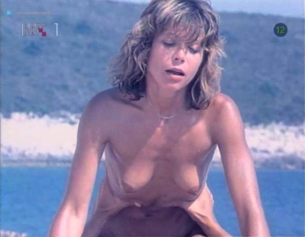Neda Arneric nude sex on the beach - Haloa - praznik kurvi (YU-1988) (4)