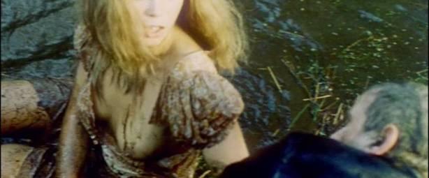 Neda Arneric nude skinny dipping and some sex - Venom (DE-1971) (7)