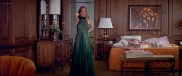 Sissy Spacek nude bush and boobs Janit Baldwin and Angel Tompkins nude - Prime Cut (1972) HD 1080p BluRay (7)