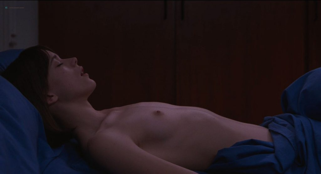 Stacy Martin nude full frontal and some sex - Le Redoutable (FR-2017) HD 1080p BluRay (10)