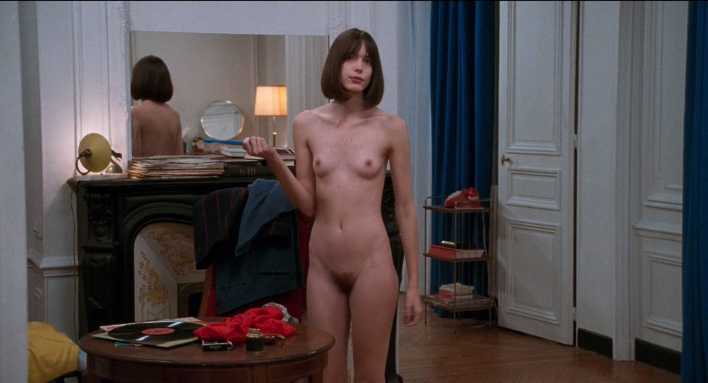 Stacy Martin nude full frontal and some sex - Le Redoutable (FR-2017) HD 1080p BluRay (6)