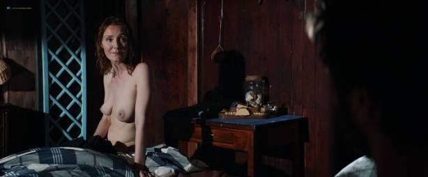 Sofía Vergara hot and side boob Violet Patton-Ryder and Nuria Tomás nude topless- Bent (2018) HD 1080p Web (12)