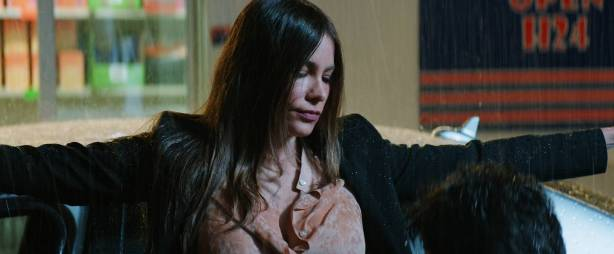 Sofía Vergara hot and side boob Violet Patton-Ryder and Nuria Tomás nude topless- Bent (2018) HD 1080p Web (6)