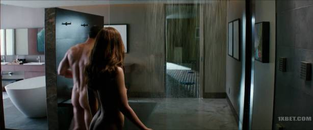 Dakota Johnson nude topless and lot of sex - Fifty Shades Freed (2018) HD 1080p (8)