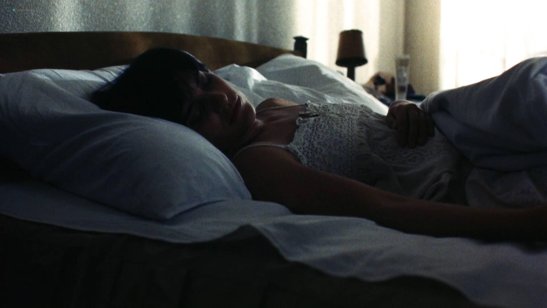 Denice Duff nude bush in the shower Melanie Shatner nude boobs - Bloodstone: Subspecies II (1993) HD 1080p BluRay (5)