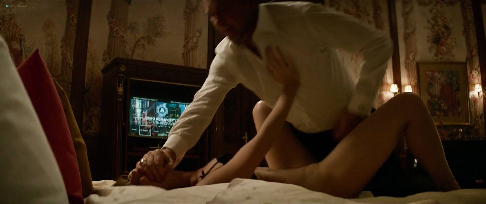 Jennifer Lawrence nude topless and butt - Red Sparrow (2018) UHD 2160p BluRay (37)