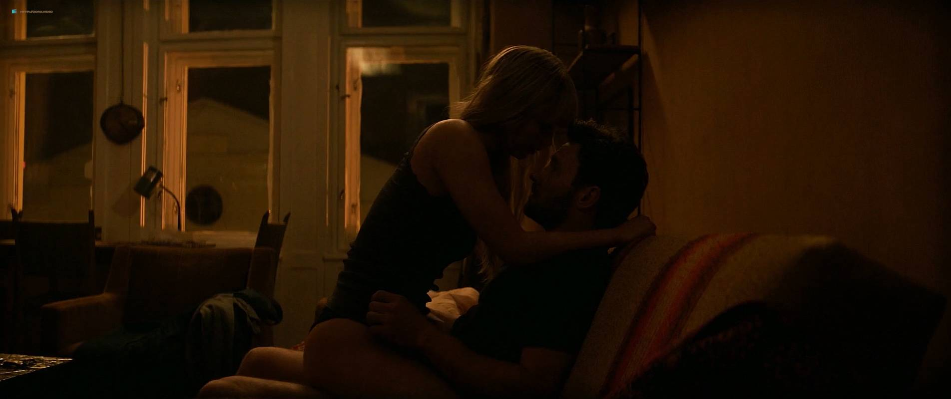 Jennifer Lawrence nude topless and butt - Red Sparrow (2018) UHD 2160p BluRay (24)