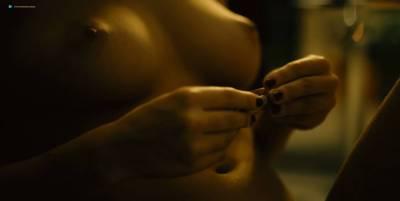 Mai Duong Kieu nude sex Paula Beer, Mathilde Irrmann, and others nude too - Bad Banks (2018) s1 HD 720p (6)