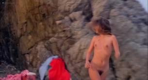 Silvia Dionisio nude full frontal and sex Elizabeth Turner nude bush - Una ondata di piacere (IT-1975) (9)