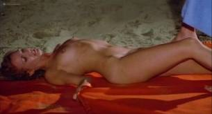 Silvia Dionisio nude full frontal and sex Elizabeth Turner nude bush - Una ondata di piacere (IT-1975) (7)