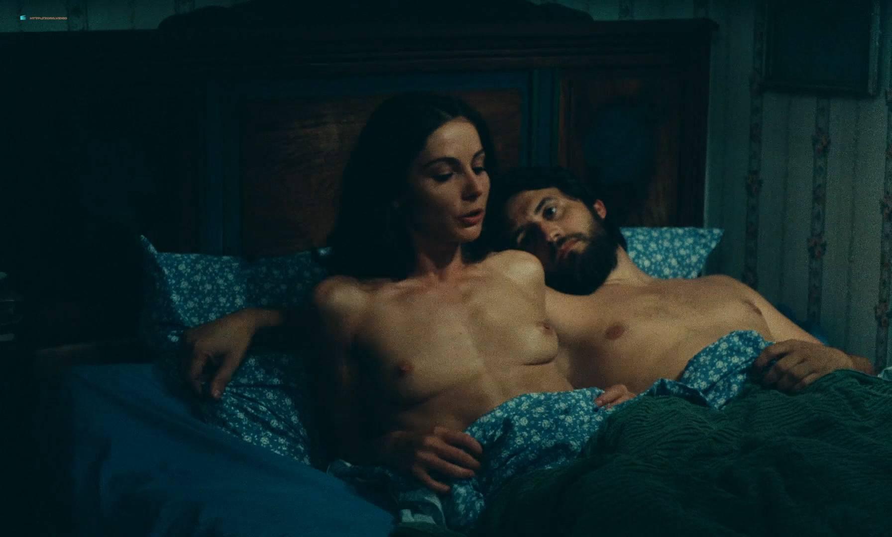 Thérèse Liotard nude topless and Valérie Mairesse nude full frontal - L' une chante, l'autre pas (FR-1977) HD 1080p (4)