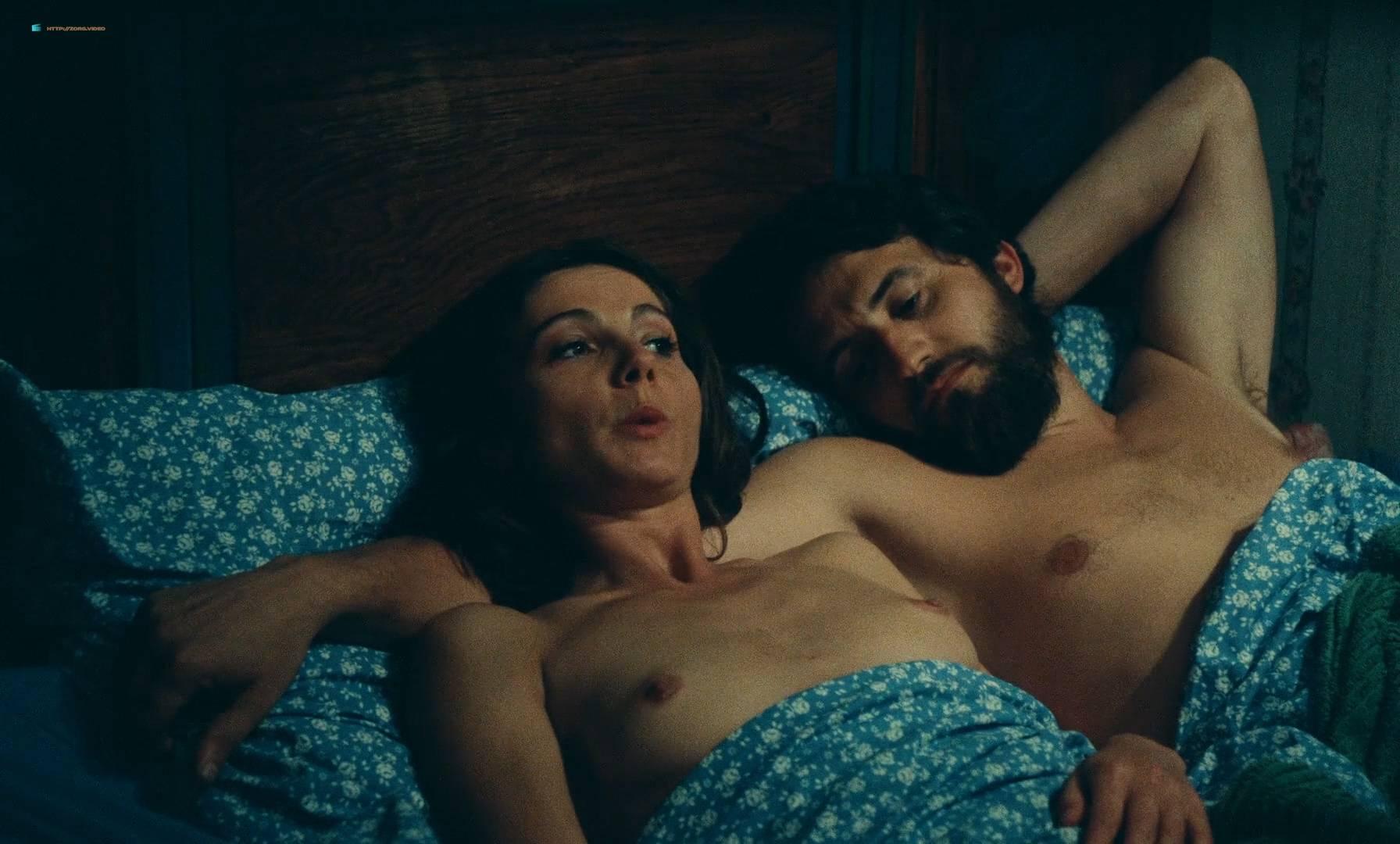 Thérèse Liotard nude topless and Valérie Mairesse nude full frontal - L' une chante, l'autre pas (FR-1977) HD 1080p (2)